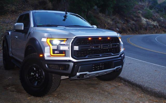 Non ero pronto per quanto è buono il Ford Raptor del 2017 su strade tortuose