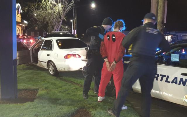 Deadpool Busted Pour DUI après avoir conduit sur la pelouse de Taco Bell