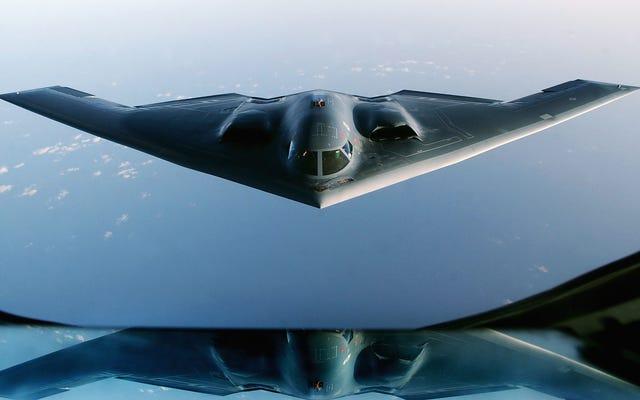 Informe innovador nos da una idea de la gigantesca huella de carbono del ejército de EE. UU.