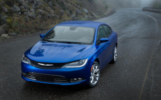 Một chiếc Chrysler 200 có giá rẻ như thế nào trước khi bạn mua một chiếc?