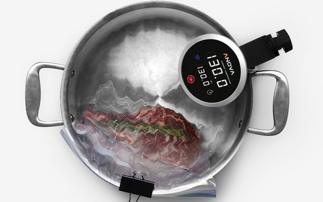 เครื่องหมุนเวียน Sous-Vide ลดราคานี้จะเปลี่ยนวิธีการทำอาหารของคุณ