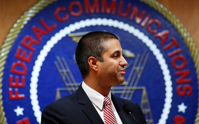 FCCは年次ブロードバンドレポートから偽のデータを切り取り、何も起こらなかったように振る舞う