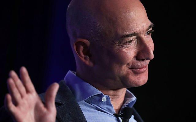 คู่รักที่หลอกลวง Amazon จากเครื่องใช้ไฟฟ้ามูลค่า 1.2 ล้านเหรียญสหรัฐถูกตัดสินจำคุกเกือบหกปี