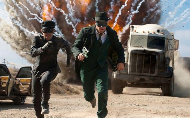 セス・ローゲンとエヴァン・ゴールドバーグがロバート・カークマンの無敵を映画に変えています