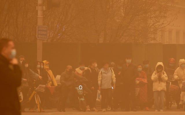 Pekin, On Yıldaki En Kötü Toz Fırtınasında Boğuluyor
