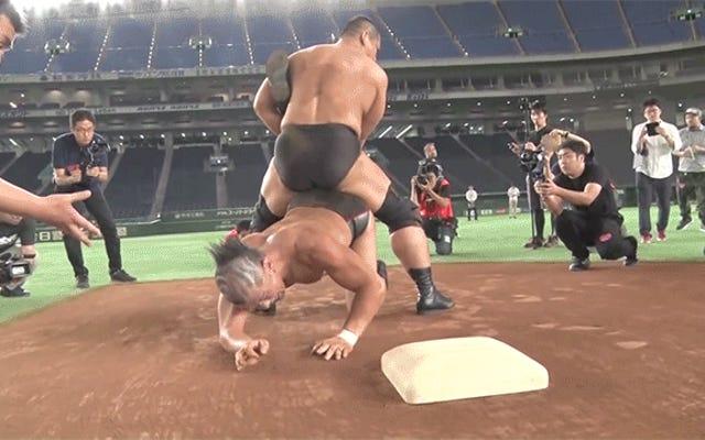 जापान की सबसे हास्यास्पद कुश्ती का प्रमोशन कहीं न कहीं बिग टाइम के आसपास होता है