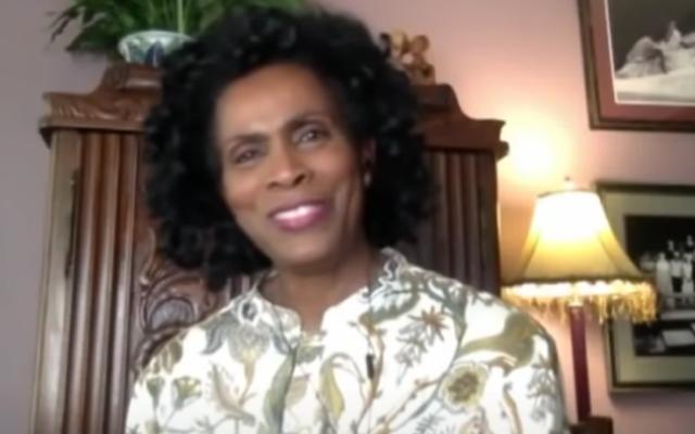 Ya, Janet Hubert Telah Bekerja Setelah Reuni Pangeran Baru — Bergabung dengan Para Pemeran OG Terakhir