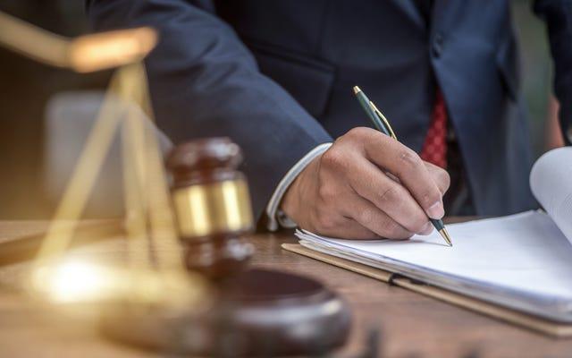 Devriez-vous souscrire à une assurance juridique dans le cadre de votre travail?