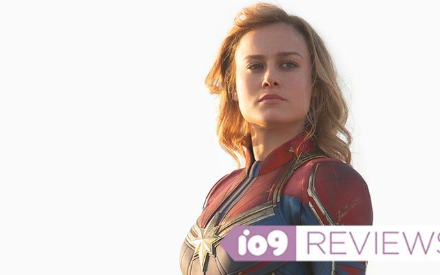 La Capitana Marvel se mantiene firme en su nostálgico debut cinematográfico