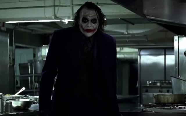 ダークナイトとティムバートンのバットマンの決定的な違いはジョーカーです