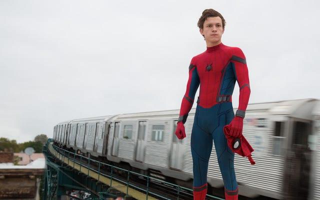 Film sızıntılarına göre Örümcek Adam'ın Evden Uzakta yeni bir kıyafeti var