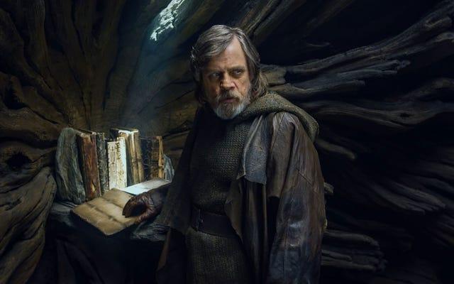 Porozmawiajmy o najdziwniejszej (i najlepszej) scenie w ostatnim Jedi