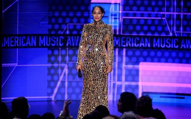 `` Ce soir, c'est une question de vêtements '': Tracee Ellis Ross a transformé les AMA en une vitrine pour les créateurs noirs