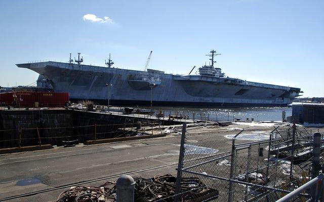 Pracownik stoczni marynarki wojennej dostaje 6 miesięcy za kłamstwo o byciu białym nacjonalistą