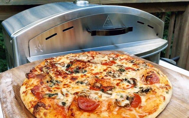 キャンプシェフのイタリアピザオーブンはあなたの生地に値する