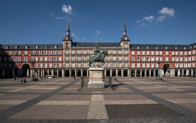 Po Włoszech Hiszpania blokuje cały kraj, aby zapobiec rozprzestrzenianiu się koronawirusa