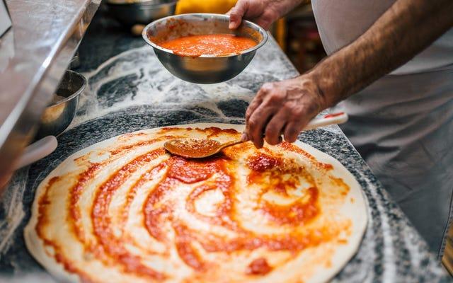 La famosa pizza Di Fara di Brooklyn ora viene spedita a livello nazionale