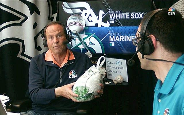 揚げピクルスを拒否したホワイトソックスアナウンサーも冷凍七面鳥を拒否