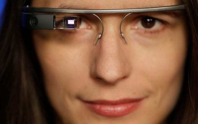 Google 2020 में Google ग्लास के कुछ संस्करणों का समर्थन करना बंद कर देगा