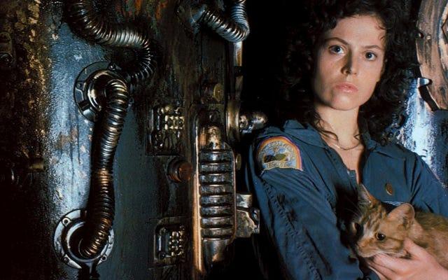 Ridley Scott, Ripley'in Uzaylı filminin son bölümünde ölmesini istedi