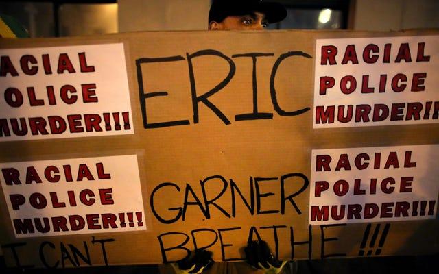 Dokumen yang Bocor Mengungkap Bagaimana NYPD Mengabaikan Sejarah Pelecehan dari Polisi yang Membunuh Eric Garner