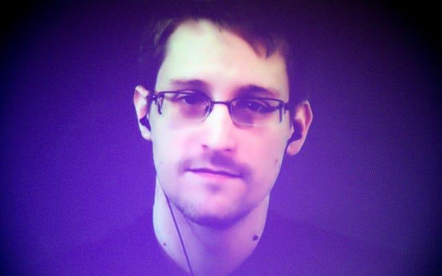 แอปใหม่ของ Edward Snowden เปลี่ยนโทรศัพท์มือถือเครื่องเก่าของคุณให้เป็นระบบเฝ้าระวังเพื่อปกป้องข้อมูลของคุณ