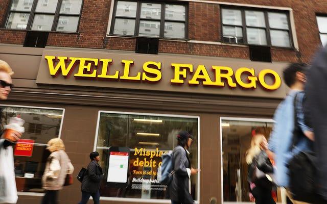 ウェルズファーゴの顧客は銀行口座を確認する必要があります