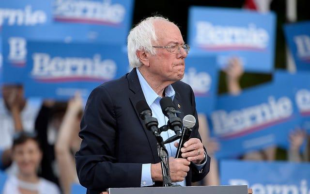 De combien de temps encore Bernie Sanders a-t-il besoin pour «réfléchir» à la décriminalisation du travail du sexe?