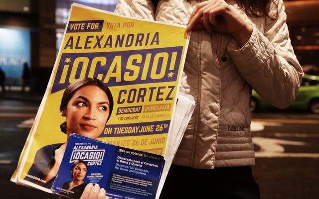アレクサンドリアオカシオからのシーン-選挙の夜のコルテス地区