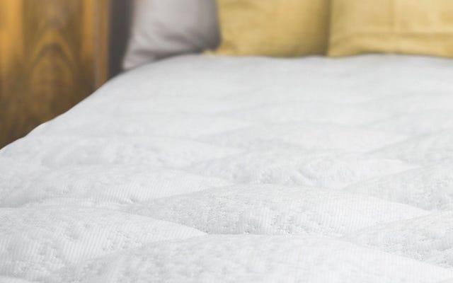 बिक्री के लिए आज ही एक कूलिंग मैट पैड के साथ स्प्रिंग के लिए अपना बिस्तर तैयार करें