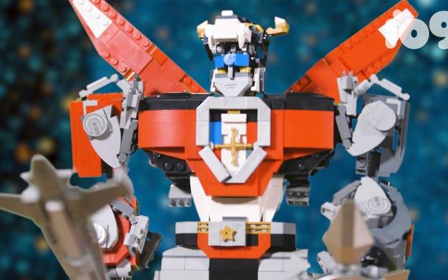 Kami Membangun Lego Voltron Besar Ini Jadi Anda Tidak Perlu