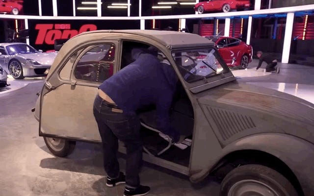 Посмотрите, как Крис Харрис из Top Gear страстно объясняет гениальный дизайн своего Citroen 2CV