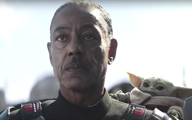 Giancarlo Esposito จะไม่ทำ Baby Yoda แต่จะถือกล้วยไว้ที่หัวของคุณ