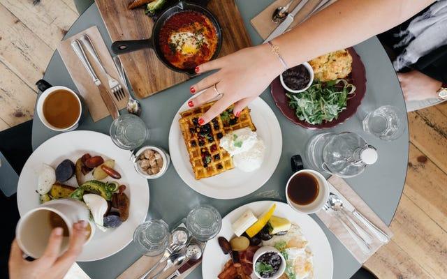 不健康な「植物ベースの食事」についてのその研究は、実際には植物ベースの食事を比較していませんでした