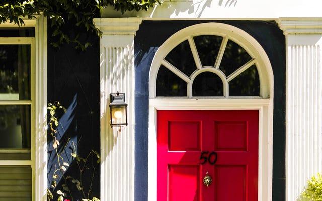 Comment embellir l'entrée de votre maison pour moins de 100 $