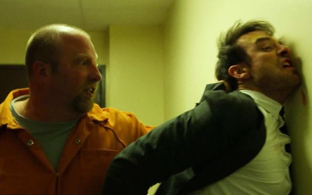 デアデビルの信じられないほどの刑務所の戦いのシーンは、愚かな理由でスタントエミー賞を受賞する資格がありません