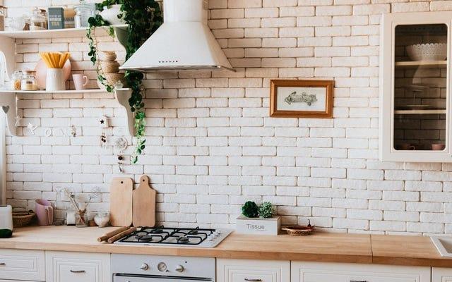 洪水の後にあなたの台所をきれいにする方法
