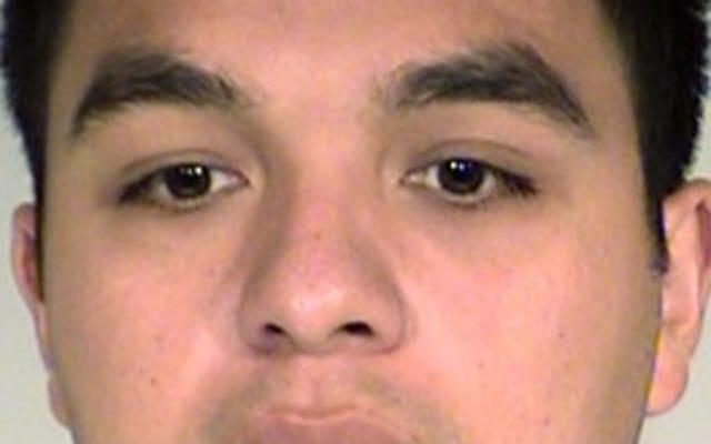 フィランド・カスティールを殺害した裁判官規則警官は、陪審員が見ている間、射撃を再現することはできません
