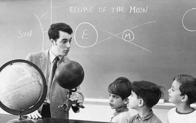 लेकिन जो चंद्रमा पर संग्रहीत शुक्राणु को पुनः प्राप्त करेगा