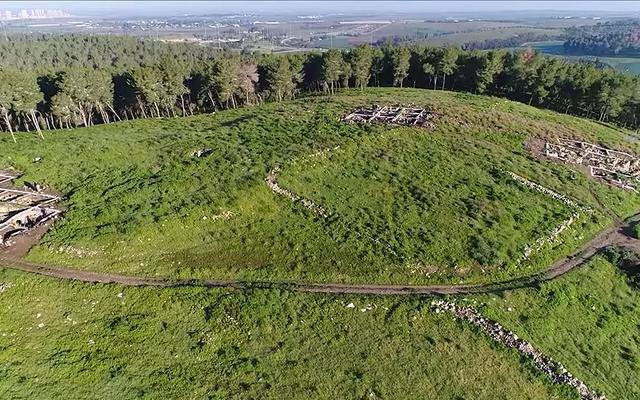 Para arkeolog menemukan reruntuhan kota Ziklag yang hilang, yang disebutkan dalam Alkitab