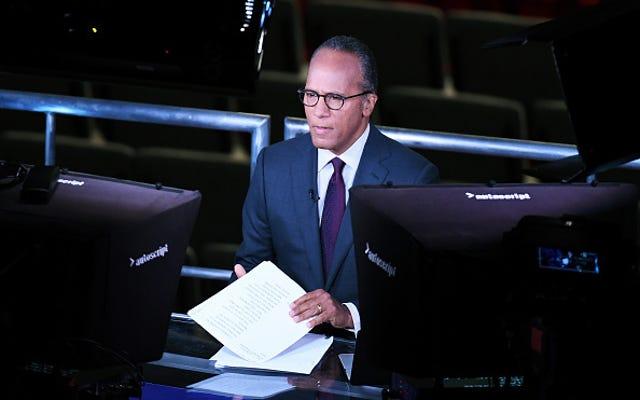 Trump dice a Lester Holt di aver chiesto a Comey se fosse indagato
