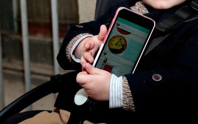 Pas de temps d'écran pour les enfants de moins de 2 ans, selon l'OMS