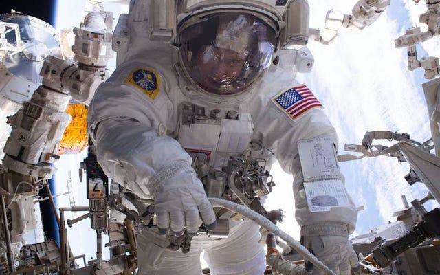 NASAの栄光ある200回目のISSスペースウォークライブを見る