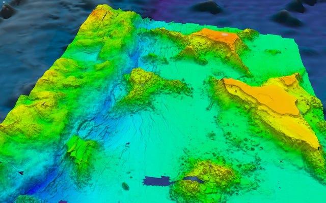 マリアナトレンチは以前考えられていたよりも4倍多くの水を吸っています