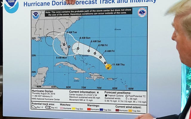 ドナルド・トランプはこのハリケーンのことを手放すつもりはありません