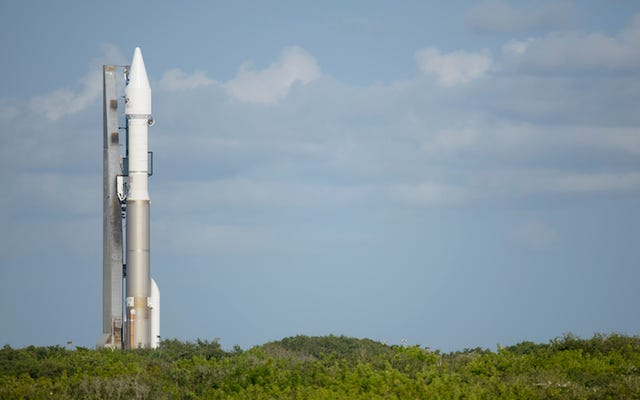 Zobacz, jak NASA wystrzeliwuje rakietę, aby przywrócić nam kawałek asteroidy
