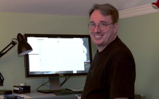 Linus Torvaldsは、デスクトップ上のLinuxの年に「さらに25年」機能します