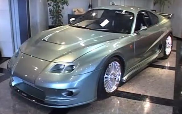 VeilSide: Dentro de la compañía de autos Tuner más extrema de 2002