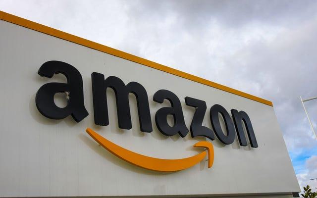 E-maile pokazują, że Amazon naciskał na USPS, aby zainstalować skrzynkę pocztową w magazynie Alabama przed głosowaniem Unii
