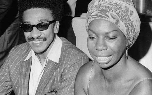ช่วงเวลาดนตรีที่สมบูรณ์แบบในประวัติศาสตร์สีดำ: '4 Women' ของ Nina Simone